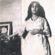 احدى زوجات الامير الشيخ خزعل وهي فارسية